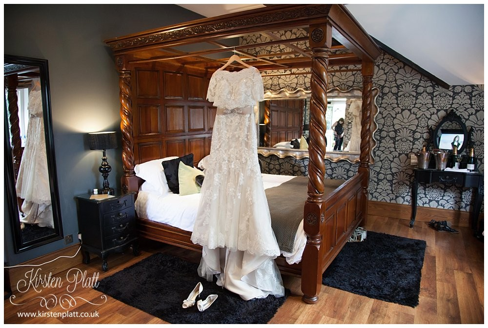 Broadoaks country house hotel bridal suite
