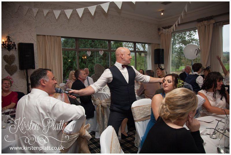 wedding singer Wayne Farrow